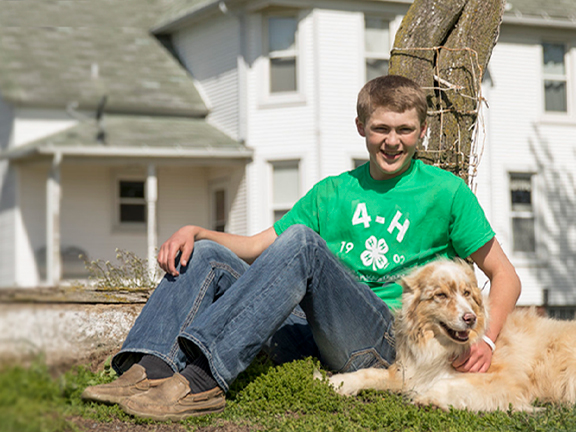 4-H'er with his dog
